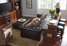 Redoing your dining room can be confusing, says Kathleen Newhouse, interior designer at Toms-Price in Wheaton . Thanks to the plethora of home decoratinginternet sites and TV shows, it can be difficult to sift through all the choices.