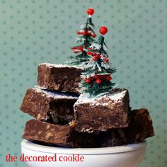 Chocolate, toffee bit fudge with HERSHEY'S and Christmas tree cupcake toppers. Makes a great Christmas treat or homemade gift idea. Fancy Cookies, Cupcake Cookies, Cupcake Toppers, Christmas Tree Cupcakes, Christmas Treats, Hershey Chocolate, Chocolate Fudge, Holiday Baking, Christmas Baking
