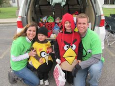 diy angry bird pig costume | Angry Bird Family 500x375 DIY Angry Bird Costumes