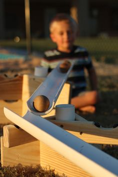 Ramp Ideas with Gutters Construction Eyfs, Fairy Dust Teaching, Early Years Teacher, Block Play, Creative Curriculum, Outdoor Classroom, Montessori Baby, Rosa Parks, Primary Education