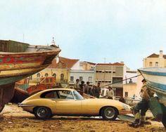 1967-Jaguar-XKE-Coupe-Factory-Photo-m1417-BIF228