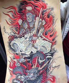 Body Art Tattoos, Sleeve Tattoos, Cool Tattoos, Traditional Japanese Tattoo Designs, Back Piece Tattoo, Tatoo Designs, Japanese Tattoo Art, Japan Tattoo, Oriental Tattoo