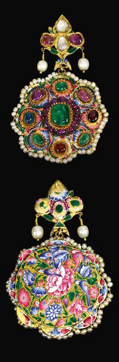 Persia | Large Qajar pendant; gemset gold and polychrome enamel | ca. 19th century | Est. 4'000 - 6'000£ ~ Oct '15