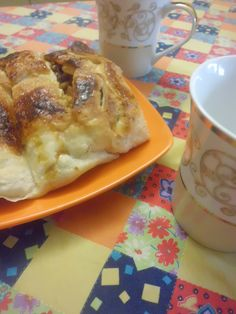 Strudel di castagne (La Dieta di Eva) fatto dalla mamma - vegana!  Chestnut strudel  (Eve's Diet) - made by my vegan mum!    (vegan)