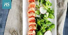 500 g nahatonta lohifileetä 4 rkl karkeaa merisuolaa 1 dl pippurisekoitusta (musta-, rose-, ja viherpippuria) 2 tl juustokuminaa 1 tl jauhettua neilikkaa  Poista lohesta kaikki ruodot ja rasvat, jotta saat kauniin punaisen lohipalan.