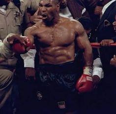 Ufc Boxing, Boxing Workout, Mike Tyson Boxing, Muhammad Ali Boxing, Macho Alfa, Boxing History, Joe Louis, Angry Face, Boxing Champions