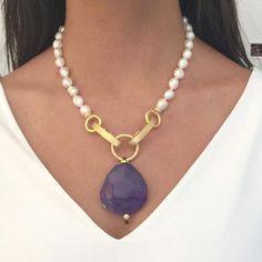 Maximize Your Beauty with Beautiful Pearl Jewelry Stone Jewelry, Pearl Jewelry, Crystal Jewelry, Beaded Jewelry, Jewelery, Jewelry Necklaces, Handmade Jewelry, Wooden Jewelry, Bracelets