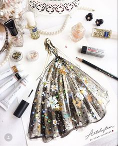 39 trendy fashion drawing dresses sketches watercolors Source by dress drawing Fashion Drawing Dresses, Fashion Illustration Dresses, Drawing Fashion, Trendy Fashion, Fashion Art, Fashion Models, Fashion Design Drawings, Fashion Sketches, Dress Drawing