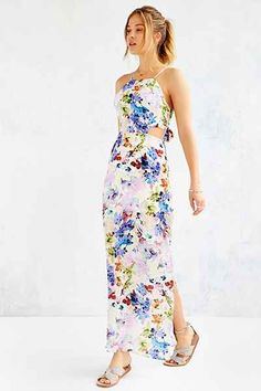 J.O.A Floral Dress - Urban Outfitters