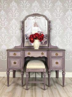 109 best vintage vanities vavavoom images dressers antique rh pinterest com