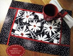 Inside Out Mats sewing pattern by Poorhouse Quilt Designs White Placemats, Modern Placemats, Table Runner And Placemats, Table Runner Pattern, Quilted Table Runners, Quilt Placemats, Square Placemats, Quilted Placemat Patterns, Mug Rug Patterns