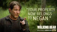 Your propery now belongs to Negan Walking Dead Season 6, Walking Dead Series, Fear The Walking Dead, Best Tv Shows, Favorite Tv Shows, Walking Dead Clothes, Twd Comics, Darryl Dixon, You're Dead