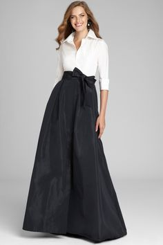 Teri Jon by Rickie Freeman Sleeve Taffeta Shirt Waist Color Block Gown Mother Of Bride Outfits, Mother Of Groom Dresses, Brides Mom Dress, Mob Dresses, Fashion Dresses, Formal Dresses, Formal Gowns With Sleeves, Bridal Dresses, Wedding Gowns