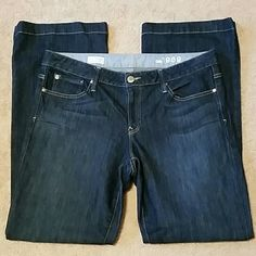Gap Jeans Long & Lean, Size 32/14r, Stretchy, Inseam 31. Has some piling on inner thigh area. (List 9) GAP Jeans Boot Cut