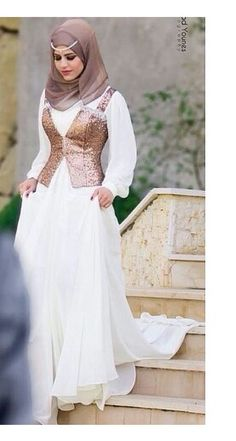 Muslim Wedding Dresses with Hijab West Asian girls are the most girls in the world. Muslim Women Fashion, Arab Fashion, Islamic Fashion, Eid Outfits, Modest Outfits, Modest Fashion, Hijab Abaya, Hijab Dress, Beautiful Muslim Women