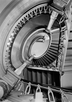 Oval Stair, Metropolitan Opera House, 1423 Broadway, New York, NY...Jack E. Boucher