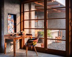 ระเบียงที่เปิดกว้างและห้องอ่านหนังสือบนหลังคาดาดฟ้าของอาคาร 12 ชั้น | fPdecor.com | ศูนย์รวมแบบบ้านฟรี และตกแต่งภายใน