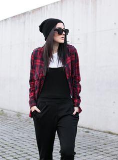 FashionCrack: WOMENS RETRO THICK BOLD HORNED RIM FRAME SUNGLASSES 8777