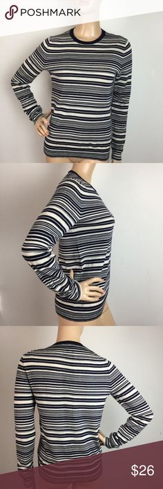"""Gap Extra Fine Merino Wool Crewneck Sweater Small Excellent used condition,No flaws.MEASUREMENTS: (Please note that the measurements are approximate, and is provided for courtesy only) ALL MEASUREMENTS ARE TAKEN WITH GARMENT LYING FLAT: SLEEVES: 24"""" BUST: 17"""" WAIST: 16"""" LENGHT: 23"""" GAP Sweaters Crew & Scoop Necks"""