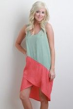 Super cute dress....and looks cool and comfy!