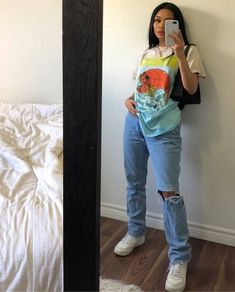 cool back to school outfits ideas for the flawless look 1 Indie Outfits, Edgy Outfits, Cute Casual Outfits, Retro Outfits, Vintage Outfits, Scene Outfits, Teen Fashion Outfits, Swag Outfits, Disney Outfits