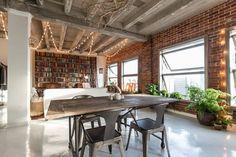 Bekijk deze fantastische advertentie op Airbnb: Beautiful DTLA Photoshoot location! - Loft's te Huur in Los Angeles