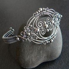 jewelry tutorials...