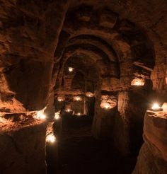 Stunning giant cave used by Knights Templar found behind a rabbit hole in the British countryside - Mirror Online Underground Caves, Shetland, British Countryside, Photo Candles, Ancient Ruins, Ancient Greece, The Beautiful Country, Knights Templar, Fantasy Landscape