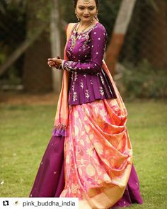 Just saw this gorgeous Peplum lehenga with the banarasi contrast dupatta and I knew you would love it too. New Saree Blouse Designs, Choli Blouse Design, Half Saree Designs, Choli Designs, Fancy Blouse Designs, Lehenga Designs, Dress Designs, Indian Designer Outfits, Designer Dresses