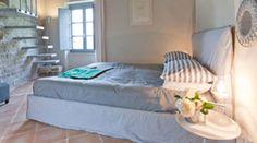 I slept there. Nikis Resort, Pieve D'Agnano, Gubbio (PG).  October 2011