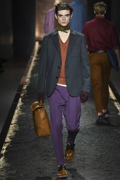 See the complete Berluti Fall 2016 Menswear collection.