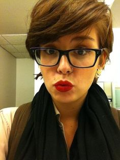 Short hair and glasses photo - 3