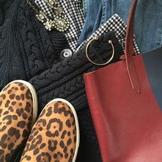 Instagram @headedoutthedoor #ootd || @jcrew shirt and bag | @gap cardigan | @hm jeans and bracelet | @targetstyle sneaks | @jcrew factory necklace