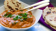 How to make chicken tikka masala. This chicken tikka masala takes a few ingredients but is worth it! The chicken is super flavorful and the sauce is creamy a. Garam Masala, Pollo Tikka Masala, Chicken Tikka Masala, Naan, Chefs, Salsa Curry, Full Fat Yogurt, Chef Work, Indian Food Recipes