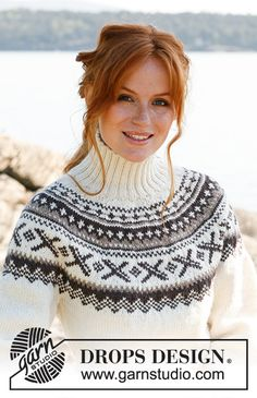 Knitted jumper with round yoke, Nordic pattern and fitted waist in DROPS Karisma. Size: S to XXXL. Fair Isle Knitting Patterns, Chunky Knitting Patterns, Afghan Patterns, Knit Patterns, Free Knitting, Drops Design, Crochet Socks, Knit Crochet, Fair Isle Pullover