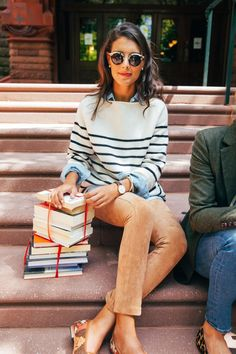 45 Lovely Preppy Casual Summer Outfits For School # preppy Outfits 45 Lovely Preppy Casual Summer Outfits For School Preppy Casual, Casual Summer Outfits, Spring Outfits, Preppy Fall Outfits, Preppy Style Winter, Dress Casual, Preppy Work Outfit, Preppy Outfits For School, Chambray Outfit