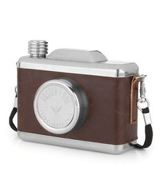 The Foster & Rye Snapshot Flask may look like a camera, but it's actually designed to hold 11 oz. of your favorite booze. This flask is crafted. Classic Camera, Bar Tools, Dot And Bo, Amazing Photography, Photography Camera, 5 D, Flask, The Fosters, Stainless Steel