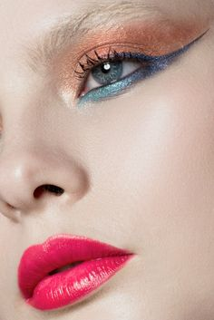 Gorgeous makeup. Re-pin if you like. Via Inweddingdress.com #beauty