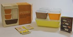 Pyrex Town and Country Refrigerator Set