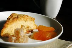 The Skinny Gourmet: Apricot Ginger Cream Scones