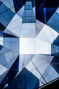 cj04Barcelona Forum Building av arkitekt Herzog & de Meuro…   Flickr
