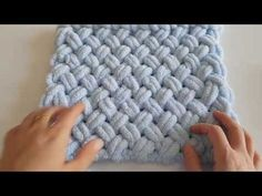 Easy Baby Blanket Making with Alize Puffy Free Baby Blanket Patterns, Easy Baby Blanket, Chunky Blanket, Chunky Yarn, Baby Knitting Patterns, Hand Knitting, Crochet Patterns, Knitted Baby Blankets, Knitted Throws