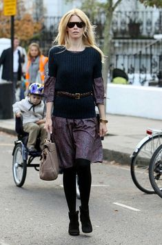 Claudia Schiffer Photo - Claudia Schiffer Takes Her Kids to School