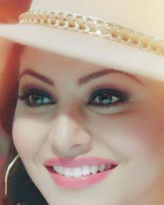 """1,133 Likes, 23 Comments - Urvashi Rautela (@urvashimagic) on Instagram: """"Million Dollar Smile @urvashirautelaforever @yashrajrautela #urvashi #urvashirautela…"""""""