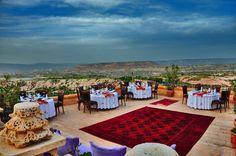 Terraces #cappadocia #kapadokya #turkey #luxury #hotel #relaischateaux #boutique #museumhotel #uchisar #cave #cavehotel #museum #honeymoon #balayı #butik #terrace #dinner #setup