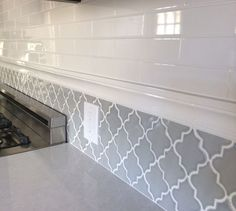 Backsplash in my new kitchen. Subway tiles and arabesque tile. 40 Modest Interior Modern Style Ideas You Will Definitely Want To Try – Backsplash in my new kitchen. Subway tiles and arabesque tile. Kitchen Redo, Kitchen Backsplash, New Kitchen, Kitchen Remodel, Backsplash Ideas, Backsplash Design, Tile Ideas, Granite Kitchen, Granite Sinks