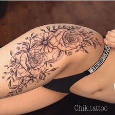 Tatuagem no Quadril Feminina - - Flower Hip Tattoos, Hip Thigh Tattoos, Floral Thigh Tattoos, Leg Tattoos Women, Beautiful Flower Tattoos, Sexy Tattoos, Body Art Tattoos, Small Tattoos, Girl Tattoos