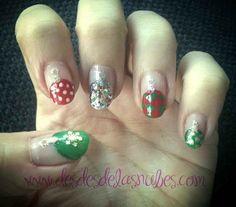 Desde las Nubes Diseño organización Eventos   Despedimos la navidad christmas nails, uñas navidad, bolas de navidad