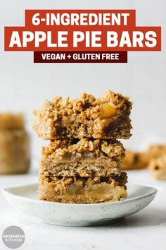 These Vegan Apple Pie Bars have a delicious oat crust and crumb with a layer of sweet apple filling. Made with just 6 ingredients, this recipe is also vegan, gluten free, oil free and refined sugar free! Healthy Sweets, Healthy Dessert Recipes, Healthy Baking, Vegan Desserts, Vegan Recipes, Healthy Recipes With Apples, Healthy Apple Snacks, Healthy Oat Bars, Healthy Oils