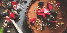 7 healthy baking swaps (that won't destroy your cake) via @iquitsugar